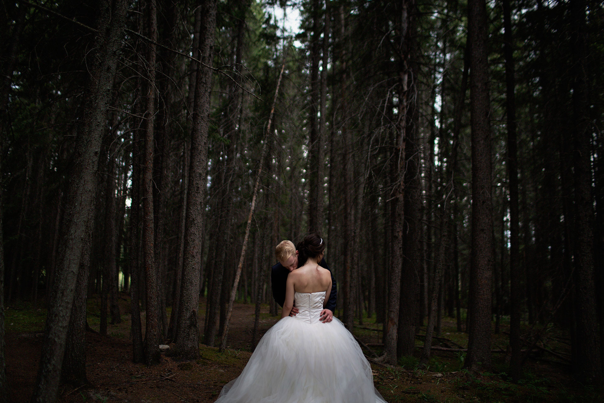02_Calgary_Modern_wedding_photographer