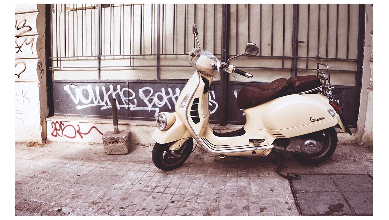Vespa_Greece